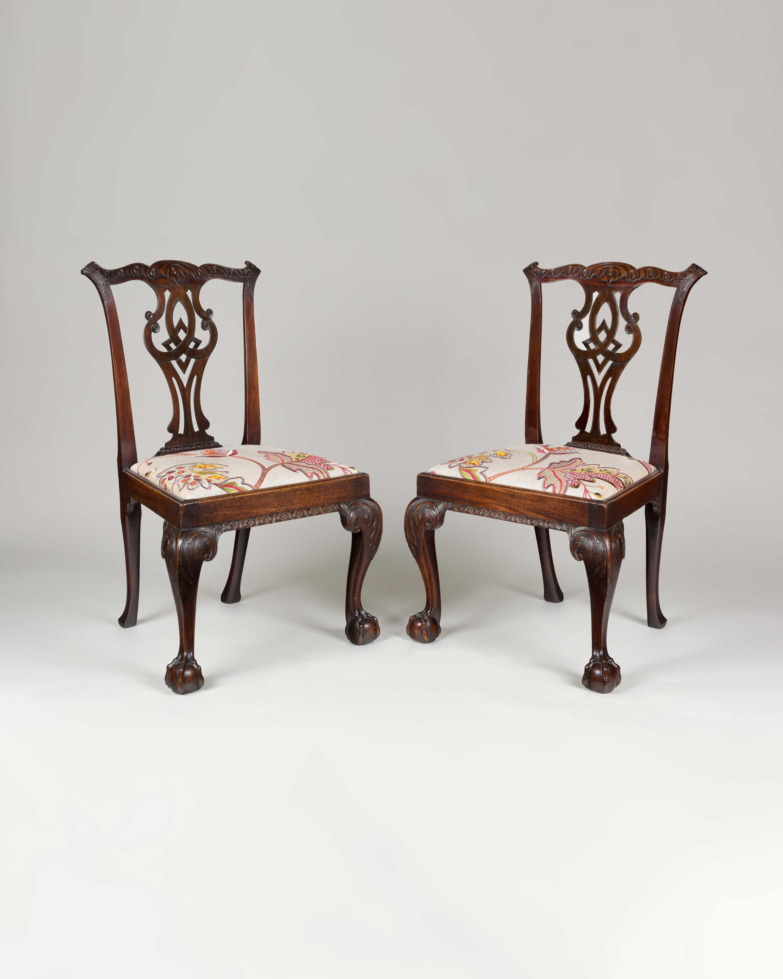 A PAIR OF CHIPPENDALE PERIOD MAHOGANY CHAIRS