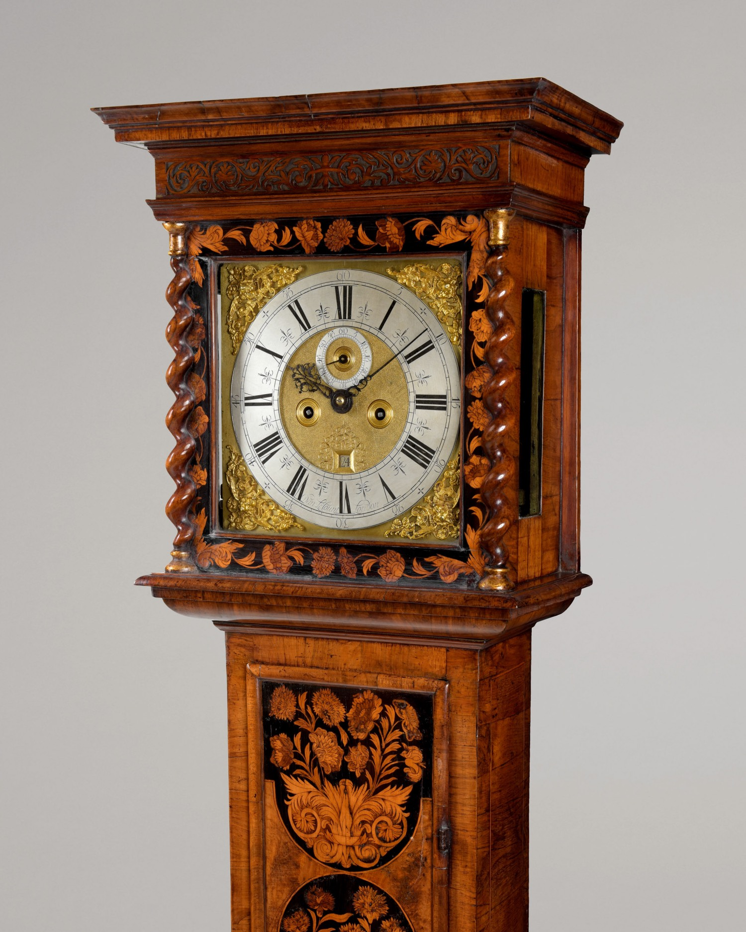 DANIEL LECOUNT. A FINE WILLIAM AND MARY PERIOD FLORAL MARQUETRY AND WALNUT 8-DAY LONGCASE CLOCK OF BEAUTIFUL PROPORTIONS AND COLOUR.