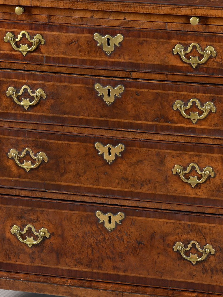 GEORGE I PERIOD WALNUT BACHELOR'S CHEST