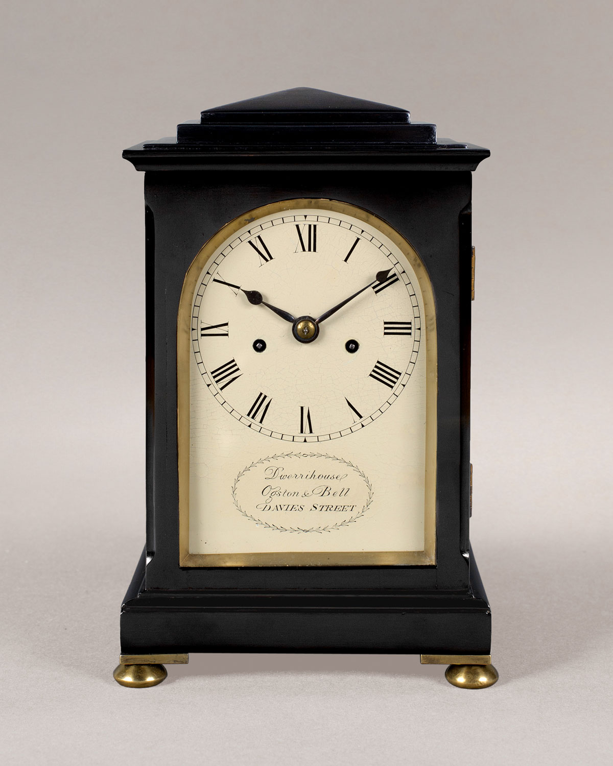 DWERRIHOUSE, OGSTON & BELL. A fine William IV period ebonised mantel clock