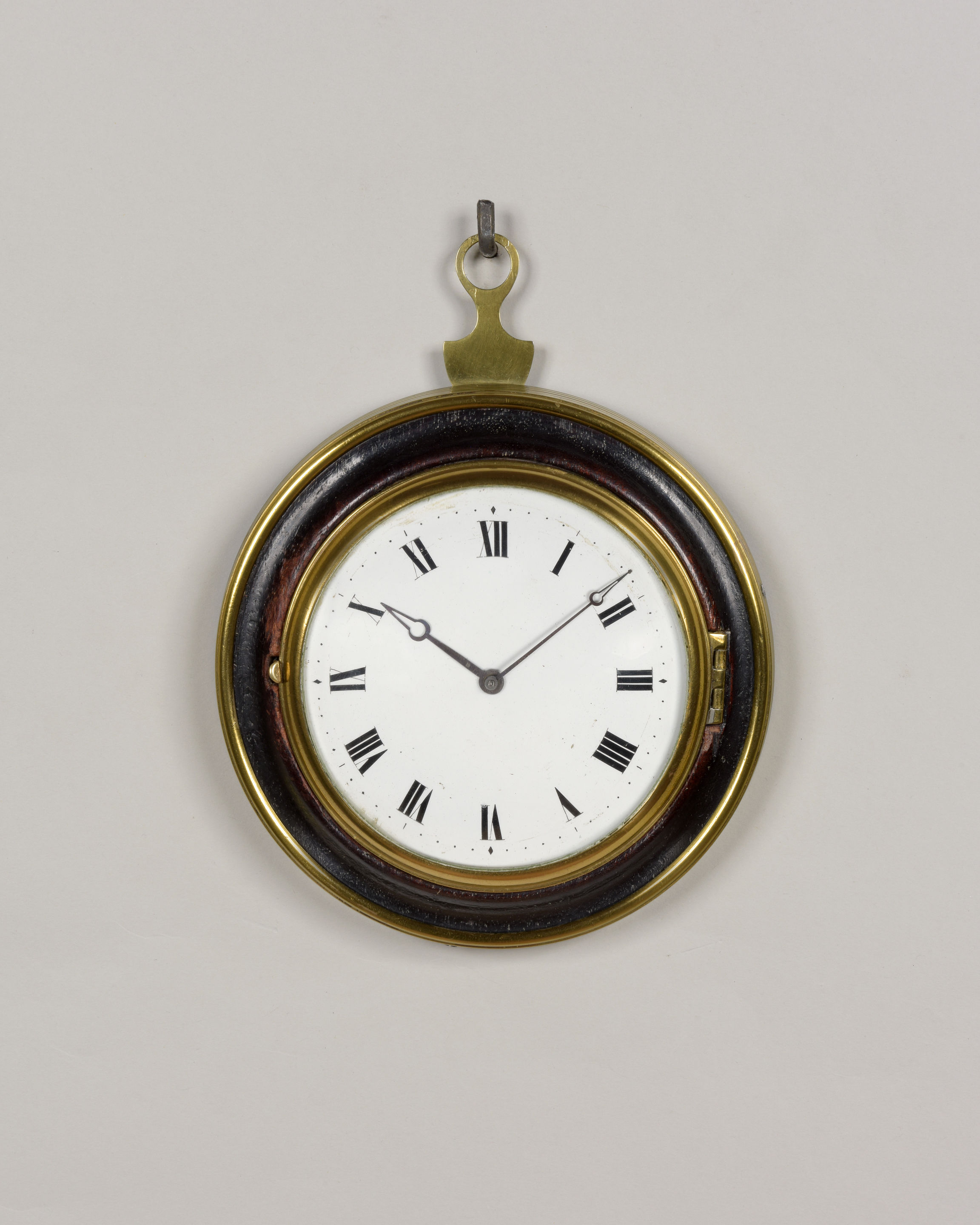 REID AND AULD N° 1100. A GOOD ENGLISH REGENCY SEDAN CLOCK